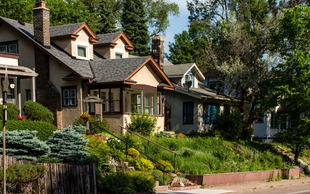 Explore Minneapolis' Bryn Mawr Neighborhood