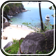 Picture linking to Colomitos beach information.