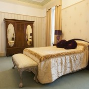 Double in large 3 bed self catering accommodation