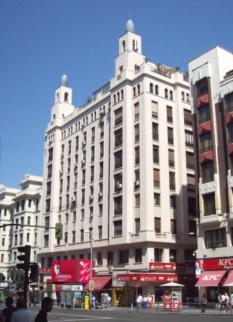 Edificio y Cine Rialto, Gran Via 54 (1930), de José Aragón y Mendoza y Ussía