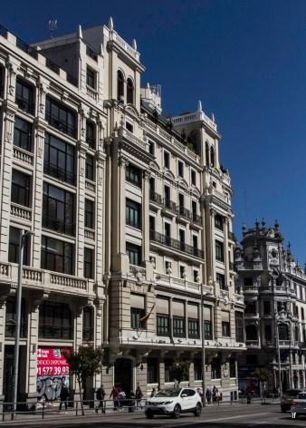 Edificio de La Gran Peña , Gran Via 2 (1917), de Eduardo Gambra Sanz y Antonio de Zumárraga