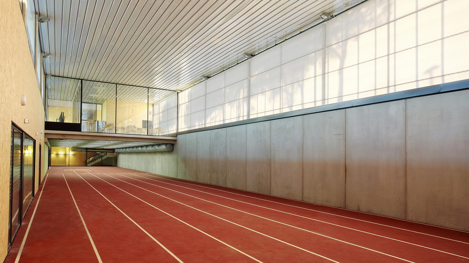 Módulo interior, athletics track magaluf, pista de atletismo magaluf , Entrena atletismo en Mallorca , Athletics track in Mallorca