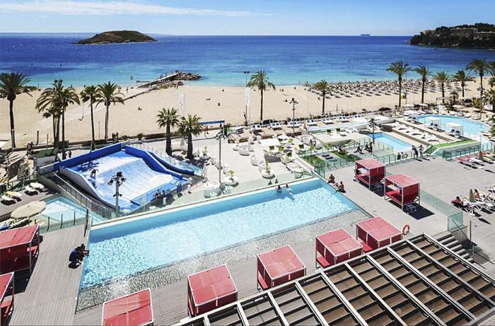 atracciones en Mallorca, atraccions a Mallorca, Wave house Mallorca, surf en la playa de Magaluf