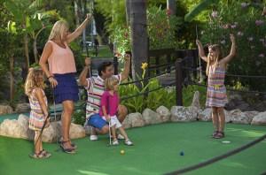 golf fantasia palmanova, calvià en familia, minigolf para toda la familia en Calvià