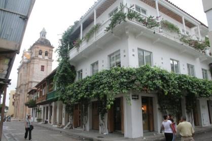 Quaint small colonial streets Cartagena, Colombia © Carmen Cristina Carpio Tobar