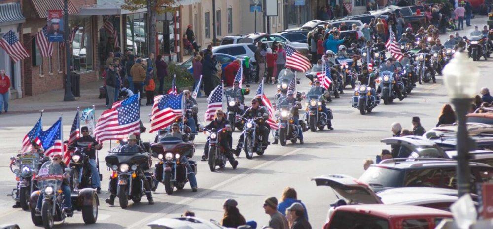 motorcycles at Emporia's Veterans Day parade