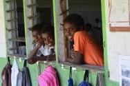 Des élèves de l'école de Lulep.