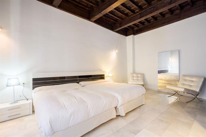 Elvira suites Granada