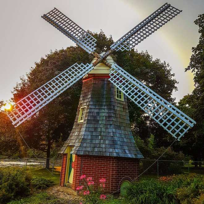 Dutch Windmill at sunset in Riverside Park. Photo by @thelifeofbap on Instagram.