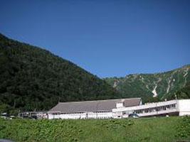 日本3大雪渓のある 針ノ木岳