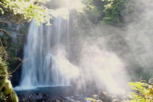 Zengoro Falls