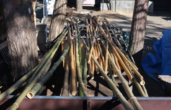 The super long susuharai brooms