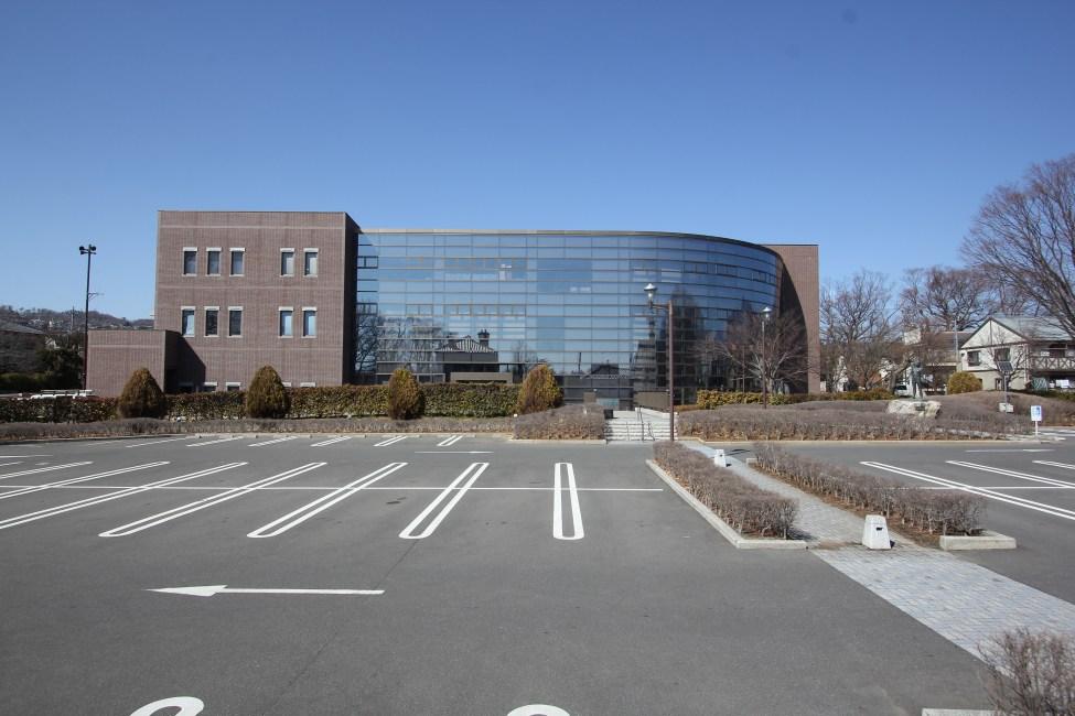 松本市図書館(中央図書館)
