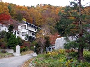 崖の湯、牛伏寺