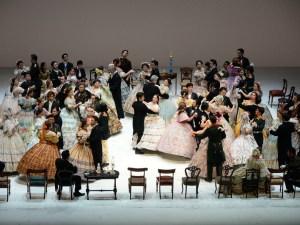 OMF オペラ チャイコフスキー:「エフゲニー・オネーギン」公演初日