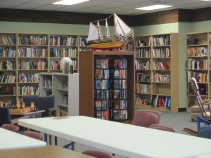 Photo of First Street Community Center Library