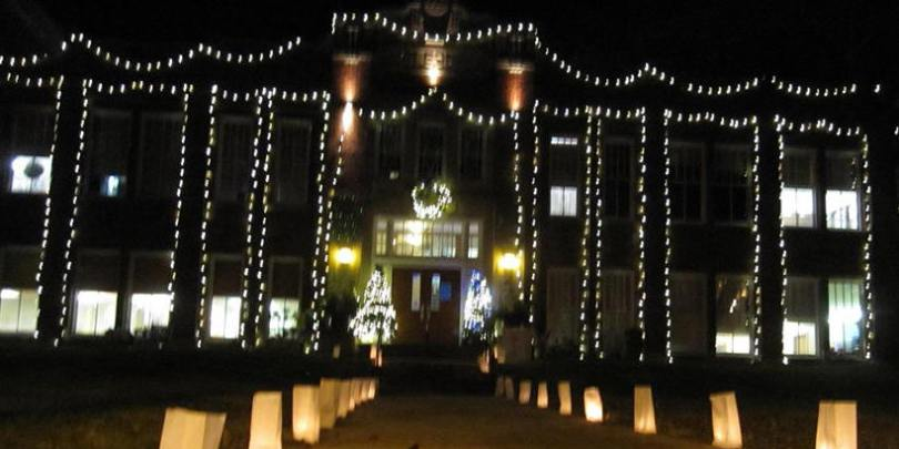 Lights and Luminaries during Magical Night 2015 at the First Street Community Center