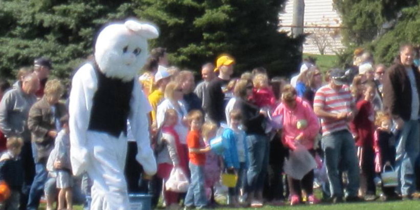 Photo of Easter Bunny Mount Vernon Lisbon Easter Egg Dash