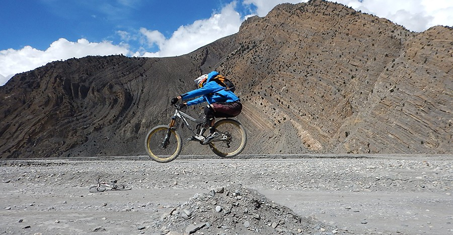 One of the most beautiful place one will ever explore. Toursits come here for so many adventurous things and enjoy the views at the same time. Bike rides, cycling, SUV tours are famous. Moreover, trekking via Upper Mustang and along Annapurna circuit in Lower Mustang is very challenging.