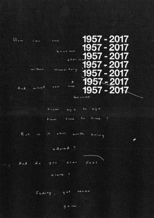 Helvetica 60-MONUMENTO