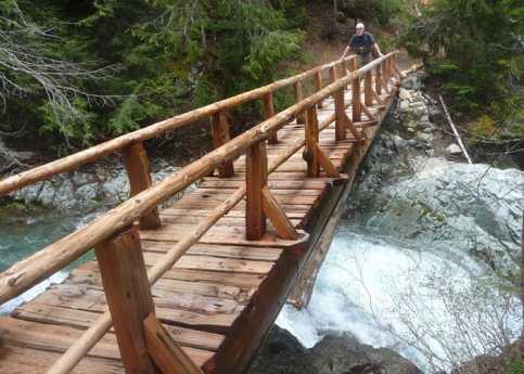 a-bridge-spans-Ohanapecosh-Falls