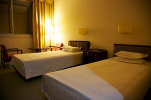 Dprk-hotel-yanggakdo-room