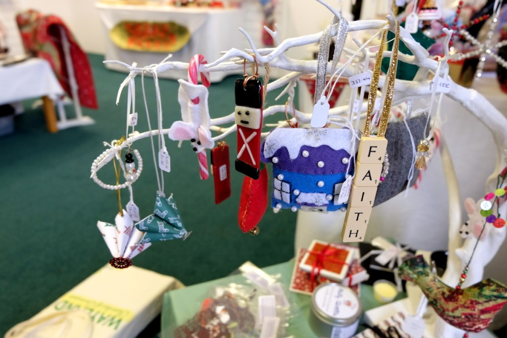 all-i-want-for-christmas-wayland-dragonfly-gallery-32