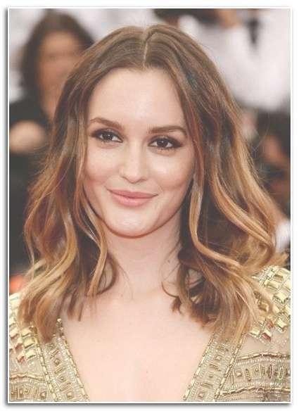 2019 Popular Medium Hairstyles Big Foreheads