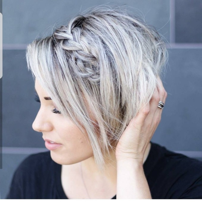 showing photos of short pixie hairstyles for oval faces (view 6 of