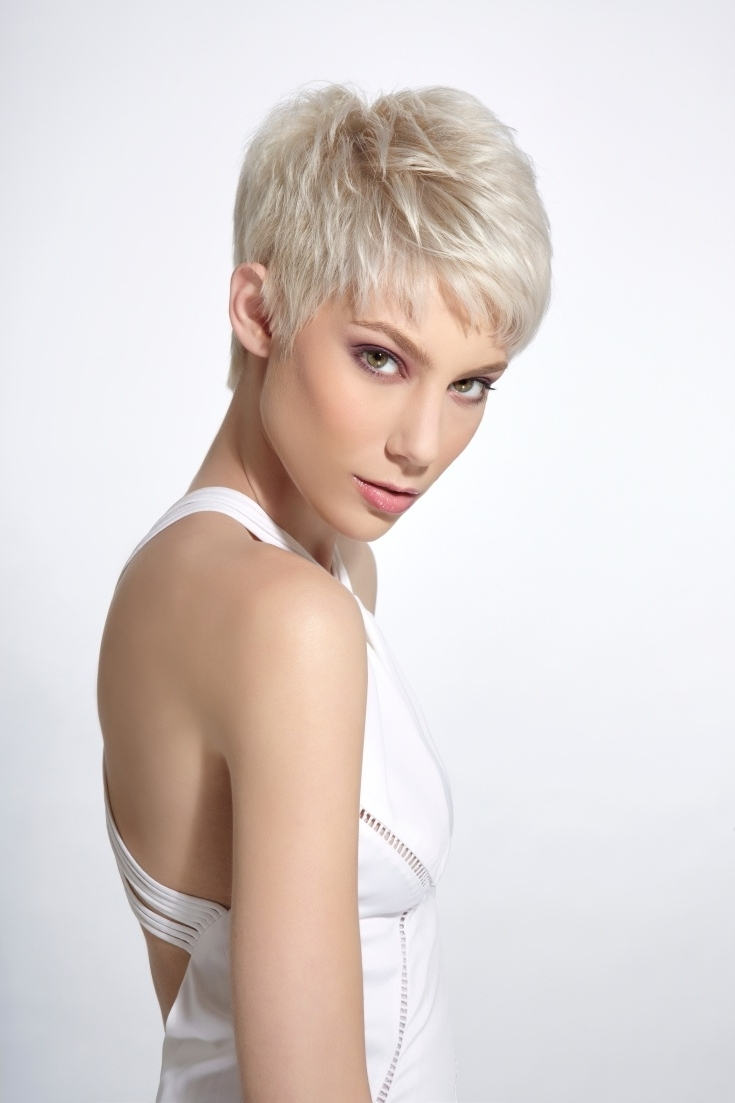15 The Best Short Pixie Hairstyles For Thin Hair
