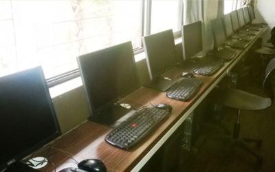 Computer & Language Laboratory