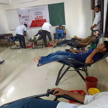 blood donation camp & free health check up (13)