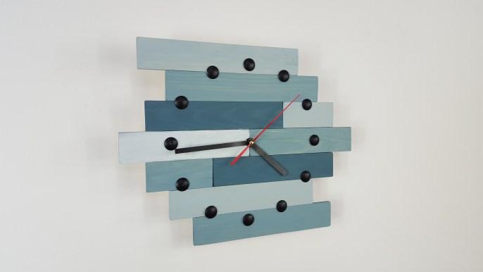 comment faire une horloge en bois ep12. Black Bedroom Furniture Sets. Home Design Ideas