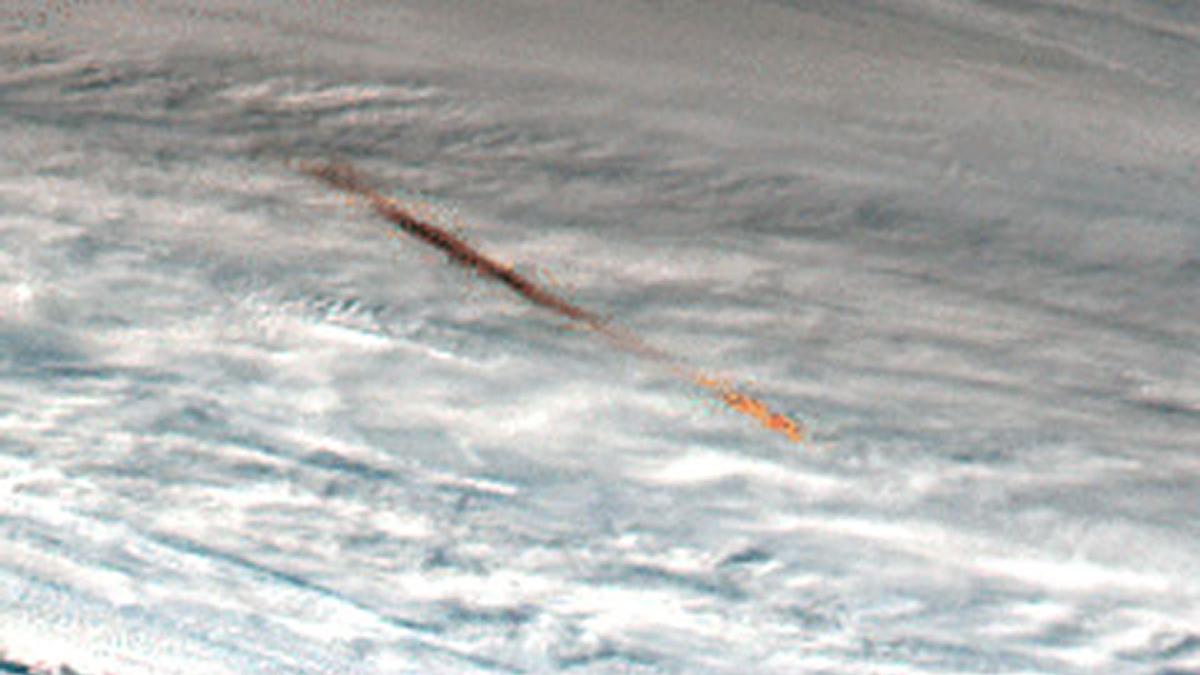 Kamchatka Meteor (18 December 2018) imaged by Japanese Meteorological Agency Himawari 8satellite