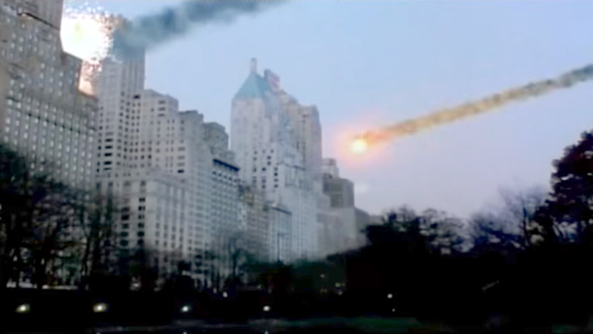 Scene showing incoming meteors in NY in Tycus (1998)