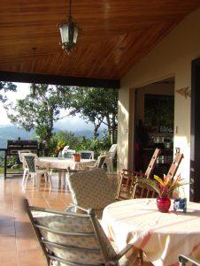 breakfast porch at El Taller
