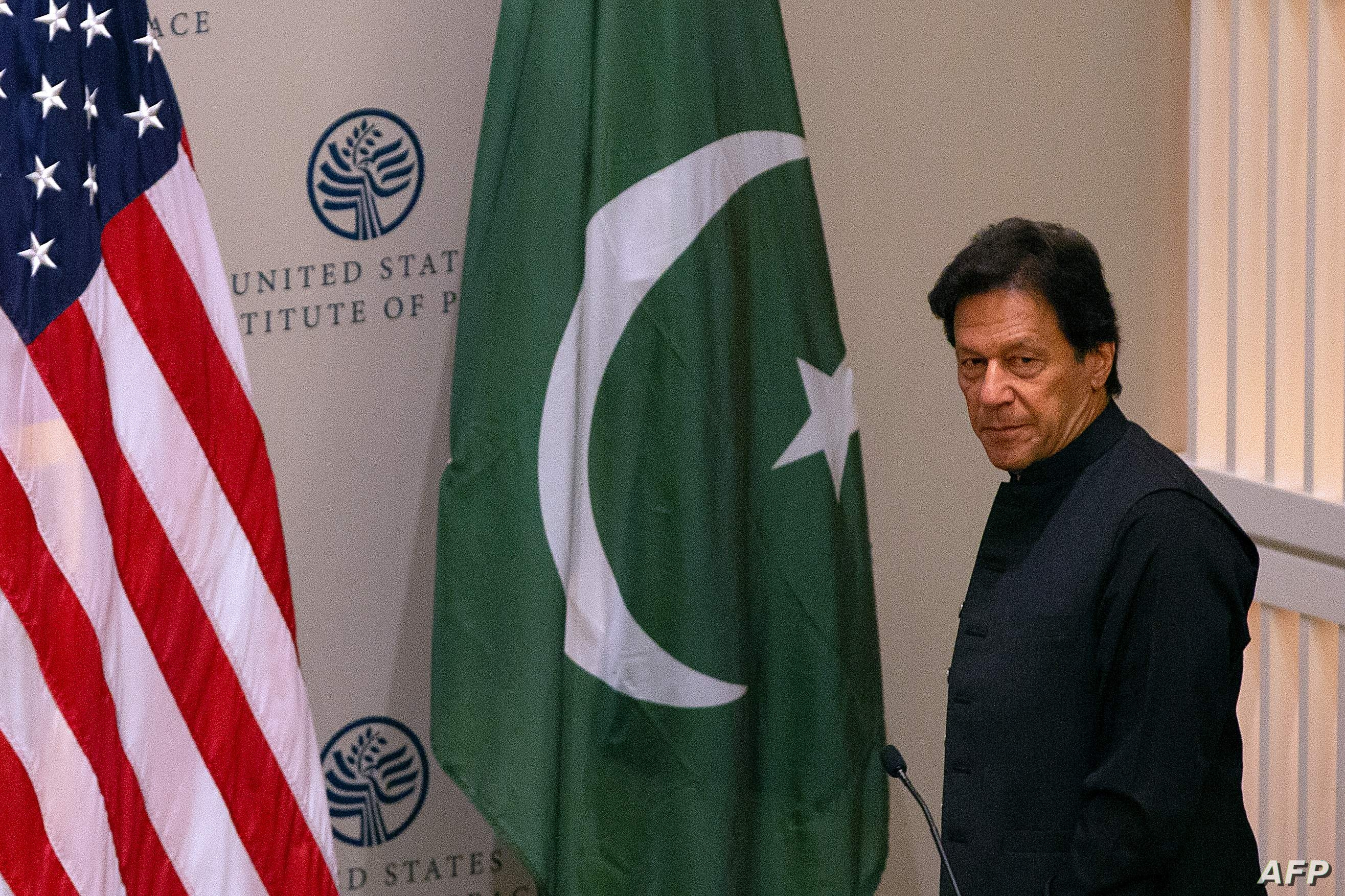 Pakistani Prime Minister Imran Khan arrives to speak at the United States Institute of Peace (USIP) in Washington, DC, on July 23, 2019. / AFP / Alastair Pike