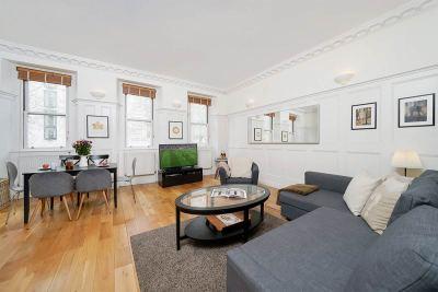 Luxury Spacious Living Room