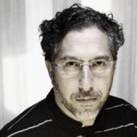José Antonio Rojo : Fotógrafo especializado en fotografía corporativa y editorial.