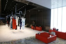 Shop Spotlight: Roland Mouret's First U S  Store   Visual Therapy