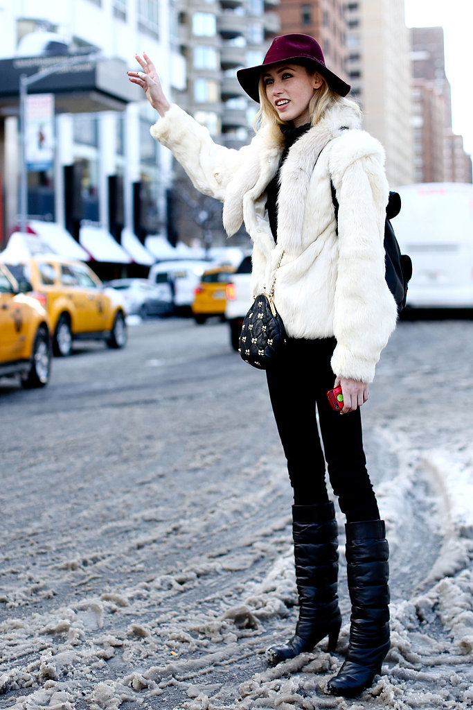 Style Tip: Chic Snow Boots For Every Style Type | Visual Therapy