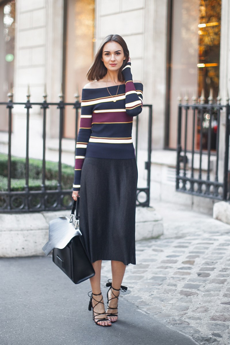 Off-the-shoulder street style