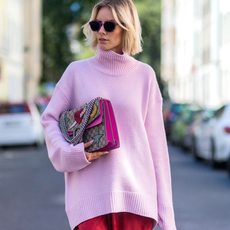 Pink sweater street style