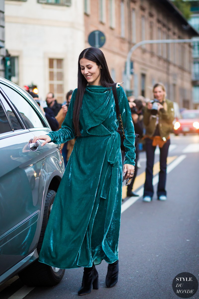 Gilda Ambrosio in velvet green dress