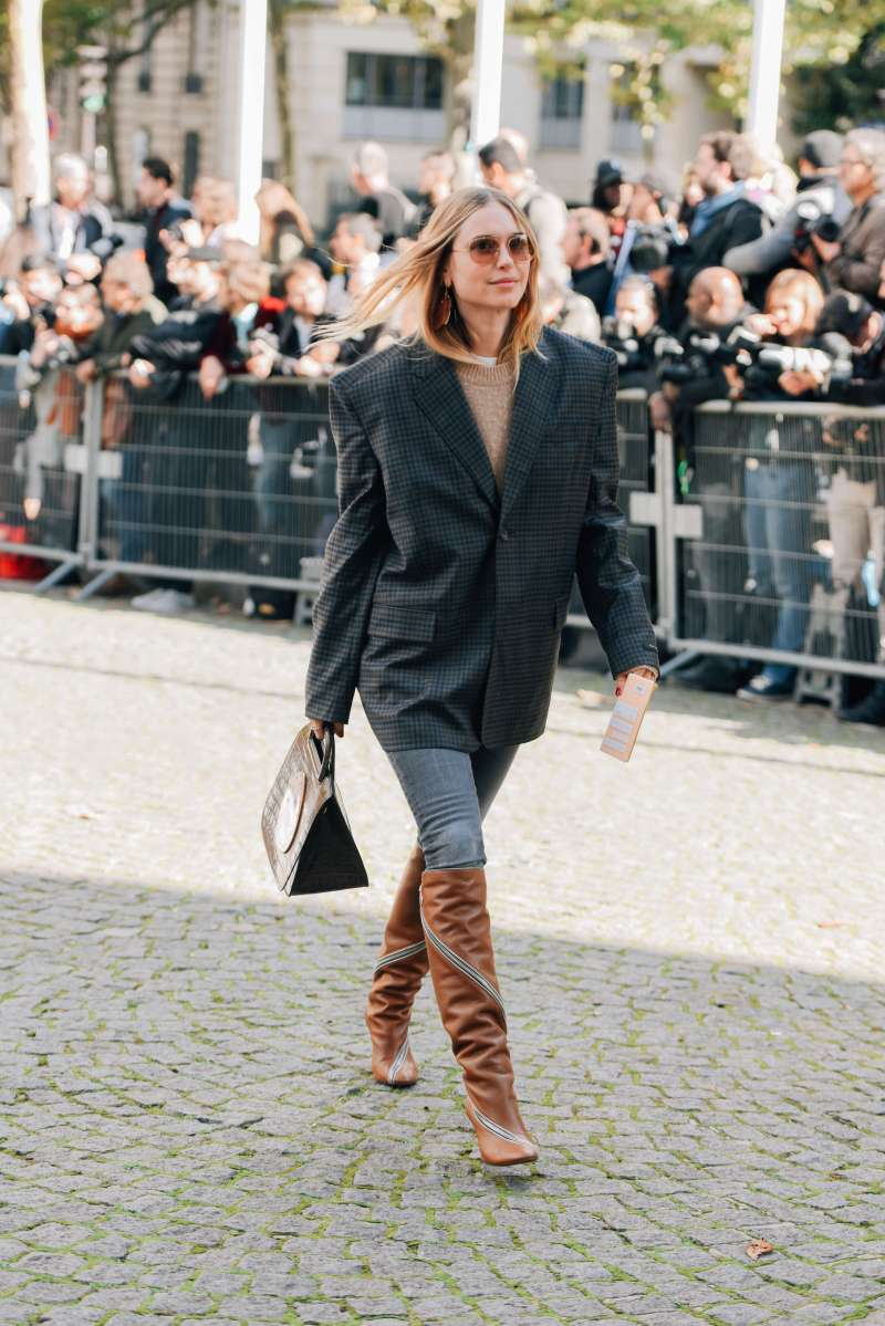 How to Wear Fall's Newest Boot Trend