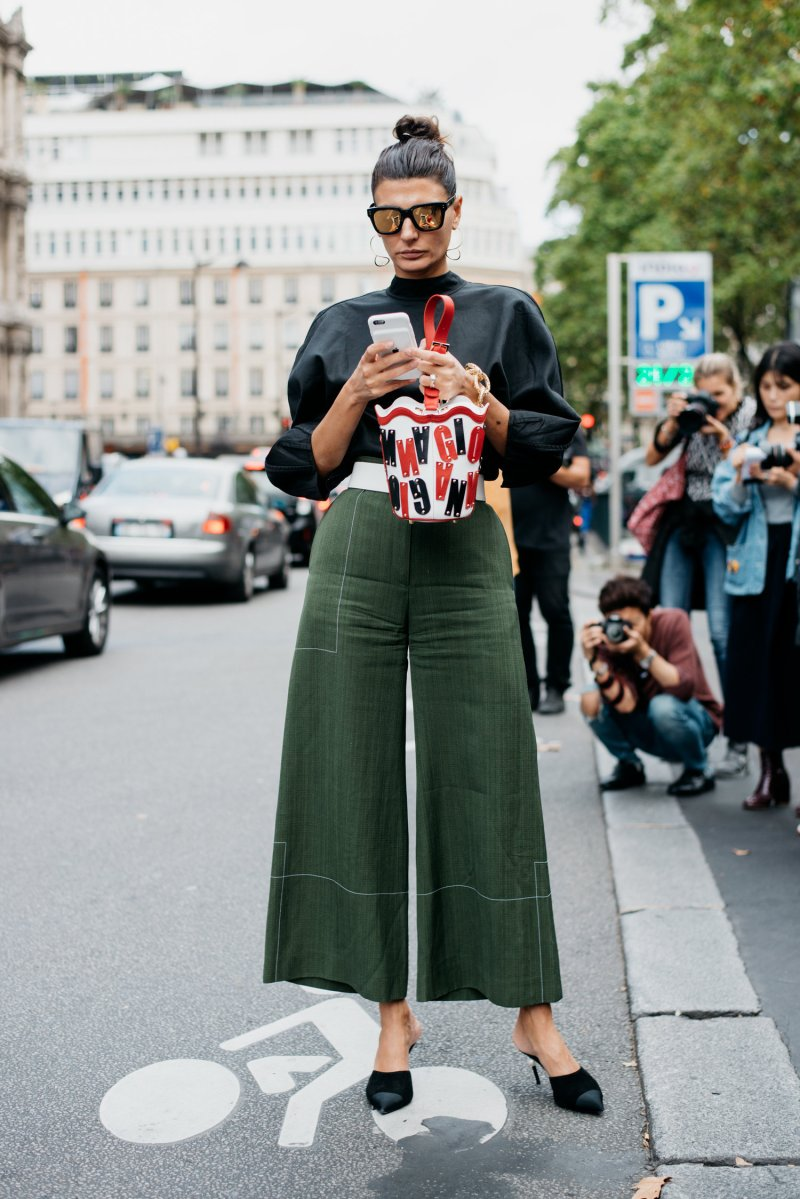 Contrast Stitching Trend For Spring 2018 street style