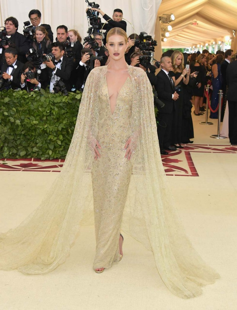 Rosie Huntington-Whiteley attends the Heavenly Bodies: Fashion & The Catholic Imagination Costume Institute Gala at The Metropolitan Museum of Art on May 7, 2018 in New York City. (Photo by Neilson Barnard/Getty Images)