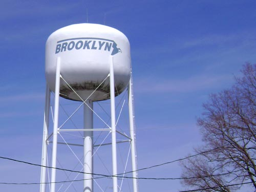 water tower in Brooklyn, Indiana
