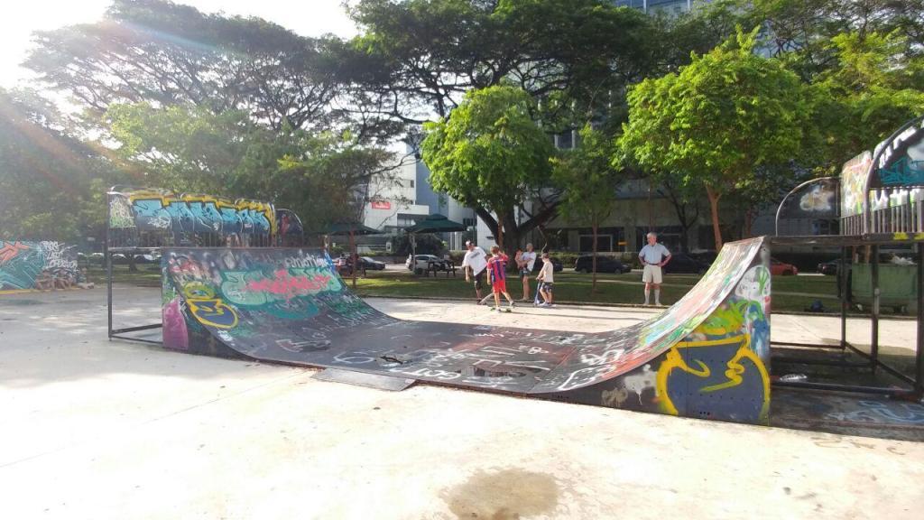 Visualinsite - Somerset Skate Park, 1 Somerset Rd, Singapura (05)