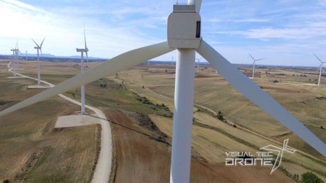 revisiones-parques-eolicos-con-visual-tec-drone